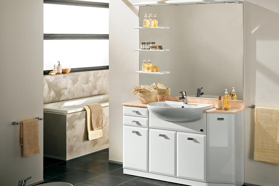 Arredamento Bagno Classico Moderno: Arredamento moderno ...